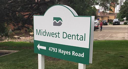 Midwest Dental Sign